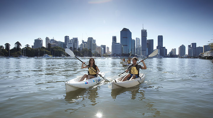 Student life canoeing in Brisbane